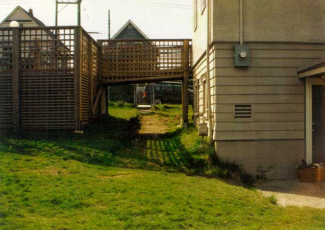 OrShalom Garden before construction looking west to FraserSt. (51000 bytes)